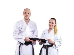 1. Dan - Schwarzer Gürtel Karate